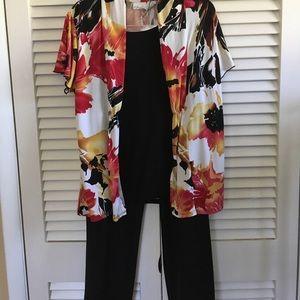 Flutter sleeved twofer blouse